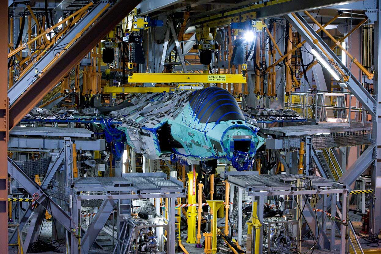 BAE SYSTEMS FATIGUE TEST F-35 LIGHTNING JET AIRFRAME